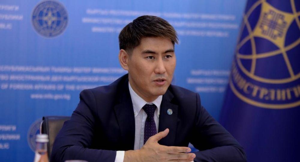 Тышкы иштер министри Чыңгыз Айдарбеков
