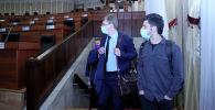 Представители некоторых российских СМИ посетили здание Жогорку Кенеша КР