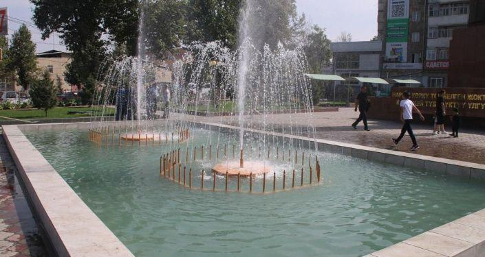 Вице-мэр Асылбек Топчубаев оценил благоустройство и озеленение города Ош сотрудниками муниципальных служб