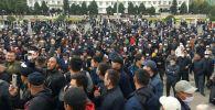 Митинг граждан и представителей партий, недовольных результатами выборов в Жогорку Кенеш в Оше