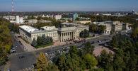Митинг у здания правительства КР на старой площади Бишкека