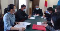 Экстренное совещание исполняющего обязанности мэра Бишкека Алмаза Бакетаева с вице-мэрами
