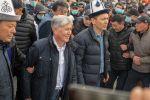 Мурдагы президенти Алмазбек Атамбаев жана мурдагы премьер-министр Омурбек Бабанов
