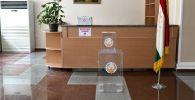 Предвыборный участок в Душанбе перед выборами президента Таджикистана