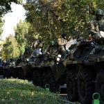 10 октября президент Сооронбай Жээнбеков объявил в столице чрезвычайное положение и ввел войска