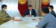 Президент Сооронбай Жээнбеков өкмөттүн чогулушунун учурунда