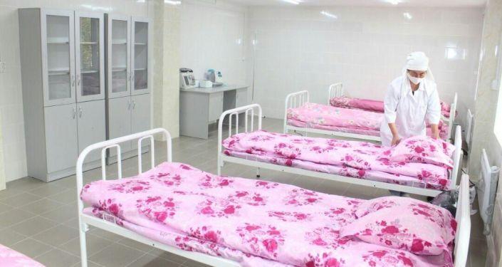 Старое здание Баткенского областного ЦСМ было перепрофилировано и сдано под инфекционную больницу на 90 коек. 12 октября 2020 года