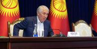 Спикер Жогорку Кенаша Мыктыбек Абдылдаев в госрезиденции Ала-Арча, перед началом заседания где будет рассматриваться кандидатура на премьер-министра Кыргызстана