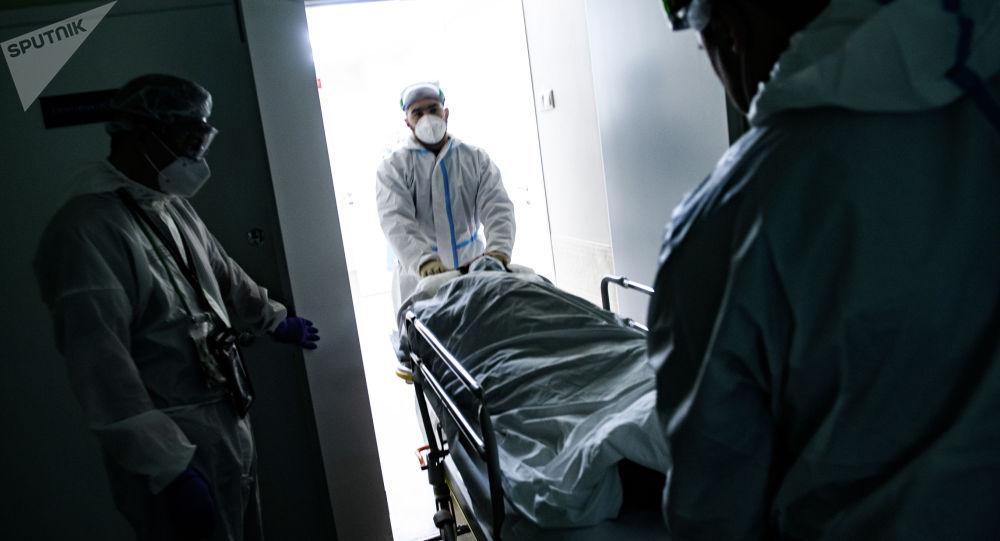 Медицина кызматкерлери ооруканада