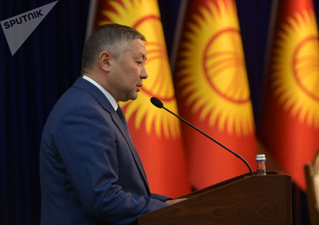 Новоизбранный спикер ЖК, лидер партии Кыргызстан Канат Исаев в госрезиденции во время внеочередного заседания Жогорку Кенеша. 13 октября 2020 года