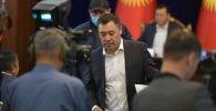 Премьер-министр Садыр Жапаров на внеочередноем заседании Жогорку Кенеша в госрезиденции Ала-Арча
