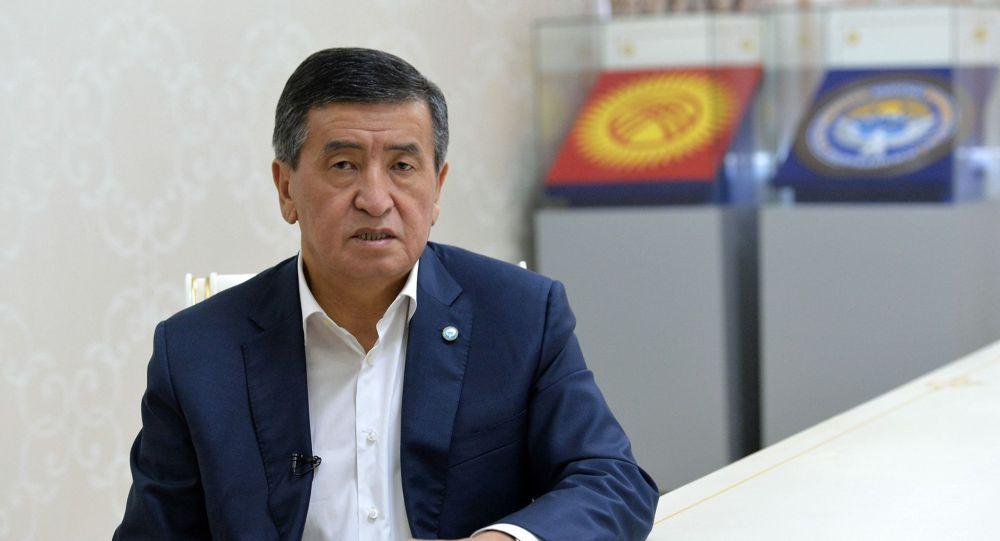 Экс-президент Сооронбай Жээнбеков. Архивдик сүрөт