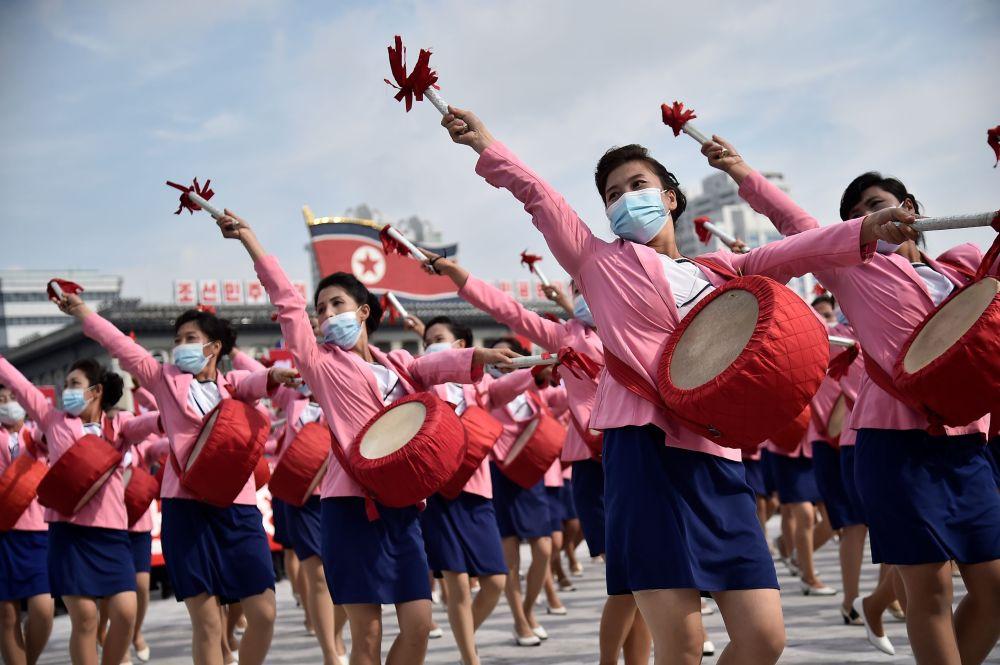 Празднование посвященное началу предстоящего 8-го Конгресса Рабочей партии Кореи (WPK), который состоится в январе 2021 года на площади Ким Ир Сена в Пхеньяне (Северная Корея) 12 октября 2020 года