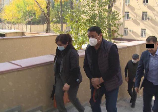 Райымбек Матраимов вместе с супругой Амандой Матраимовой задержан в Бишкеке сотрудниками ГКНБ КР. 20 октября 2020 года