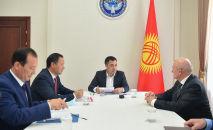 Встреча Садыра Жапарова с послом России Николаем Удовиченко