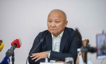 Бывший мэр Бишкека Нариман Тюлеев во время пресс-конференции