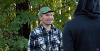 Московский блогер, автор популярного YouTube-канала Abracadabra TV помог кыргызстанцу, оставшемуся без жилья и работы в России, вернуться домой.