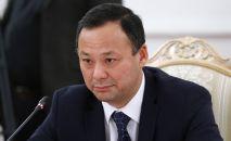 Министр иностранных дел КР Руслан Казакбаев во время встречи в Москве с министром иностранных дел РФ Сергеем Лавровым.
