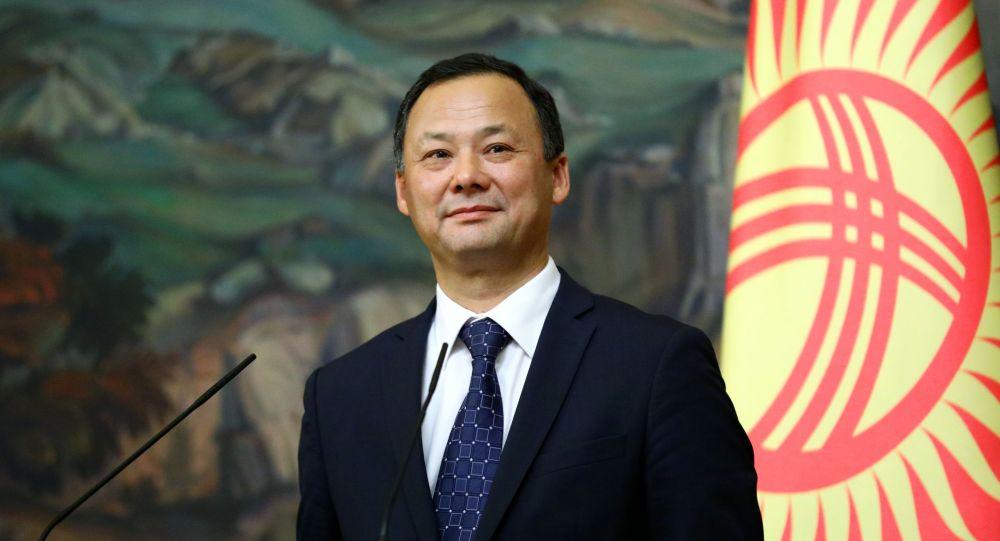 Кыргызстандын тышкы иштер министри Руслан Казакбаев