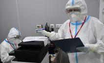 Медицинские работники в госпитале COVID-19