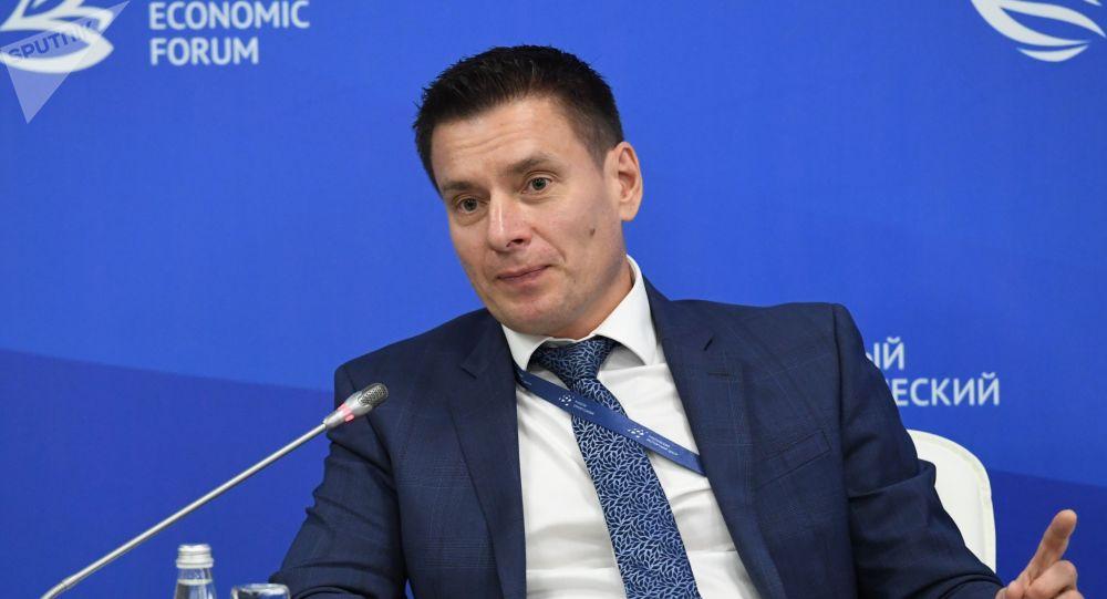 Евразия экономикалык комиссиясынын соода-сатык боюнча мүчөсү (министр) Андрей Слепнев. Архив