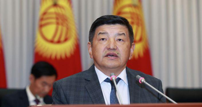 Депутат Акылбек Жапаров