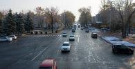 Бишкектеги Чүй проспекти кар жааган учурда