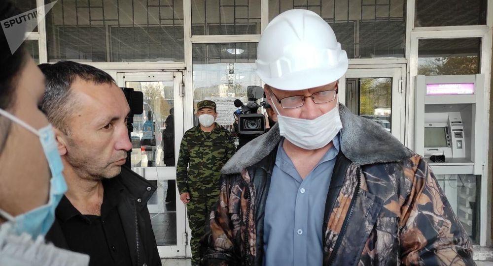 Директор ТЭЦ Бишкека Андрей Воропаев во время встречи с журналистами