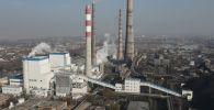 Сегодня в 13:10 в Бишкеке началось массовое отключение электроэнергии. На территории ТЭЦ были видны клубы пара. Что произошло на теплоэлектроцентрали, смотрите в видео Sputnik Кыргызстан.