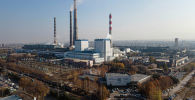 Клубы белого пара на территории ТЭЦ Бишкека, после отключения электроэнергии. Архивное фото