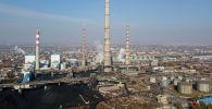 Клубы белого пара на территории ТЭЦ Бишкек после отключения электроэнергии
