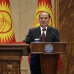 Саламаттык сактоо министри Алымкадыр Бейшеналиев да өмүрүндө өкмөт мүчөсү катары биринчи ирет ант берди