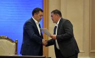Президент Садыр Жапаров и председатель ГКНБ КамчыбекаТашиев. Архивное фото