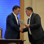 Премьер-министр Садыр Жапаров менен УКМК жетекчиси Камчыбек Ташиевдин дос экендиги мурдатан белгилүү