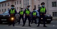 Несмотря на нелегкую работу, столичная милиция старается находить позитив во время несения службы и дарит всем хорошее настроение в честь Дня работника милиции, сообщает ГУВД.