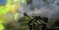 Армениялык аскер кызматкерлери Тоолуу Карабахтагы азербайжан аскерлери тарапка артиллериялык куралдан ок атууда