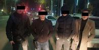 Задержанные в Бишкеке по подозрению в грабеже