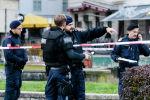Вооруженная полиция на месте происшествия в Вене (Австрия)