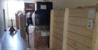 Два комплекта линейных ускорителей прибывших в Кыргызстан и доставленных на территорию Национального центра онкологии и гематологии