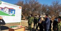 На базе Баткенского пограничного отряда состоялась церемония закладки капсулы в фундамент жилого дома для военнослужащих
