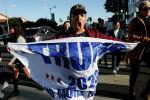 Калифорниядагы АКШ президентти Дональд Трамптын тарапташтарынын митинги