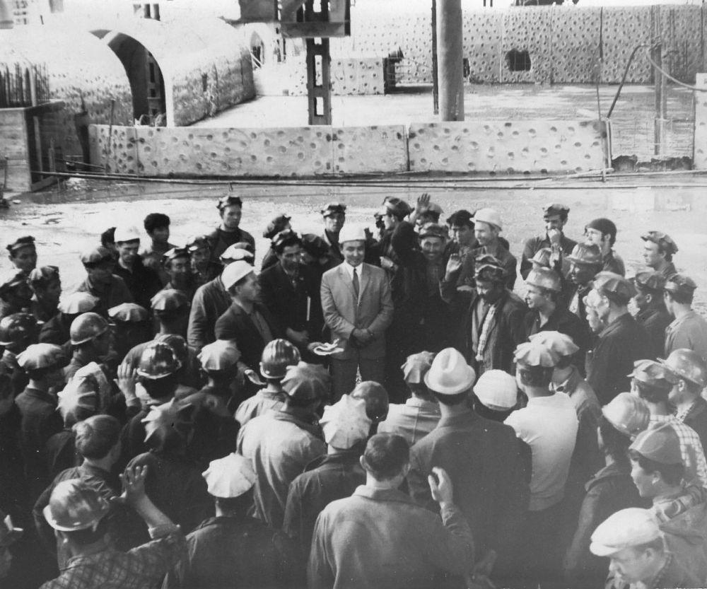 Встреча со строителями Токтогульской ГЭС. 1971