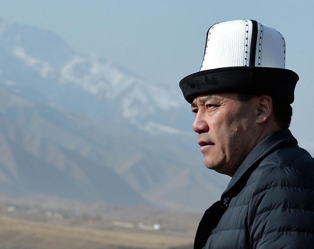 Исполняющий обязанности Президента Кыргызской Республики, Премьер-министр Садыр Жапаров в рамках рабочей поездки в Нарынскую область посетил Верхне-Нарынский каскад ГЭС.