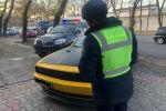 Борбор калаанын Кайгуул милициясы Dodge Challenger спорттук автоунаасынын айдоочусун айып пулга жыкты