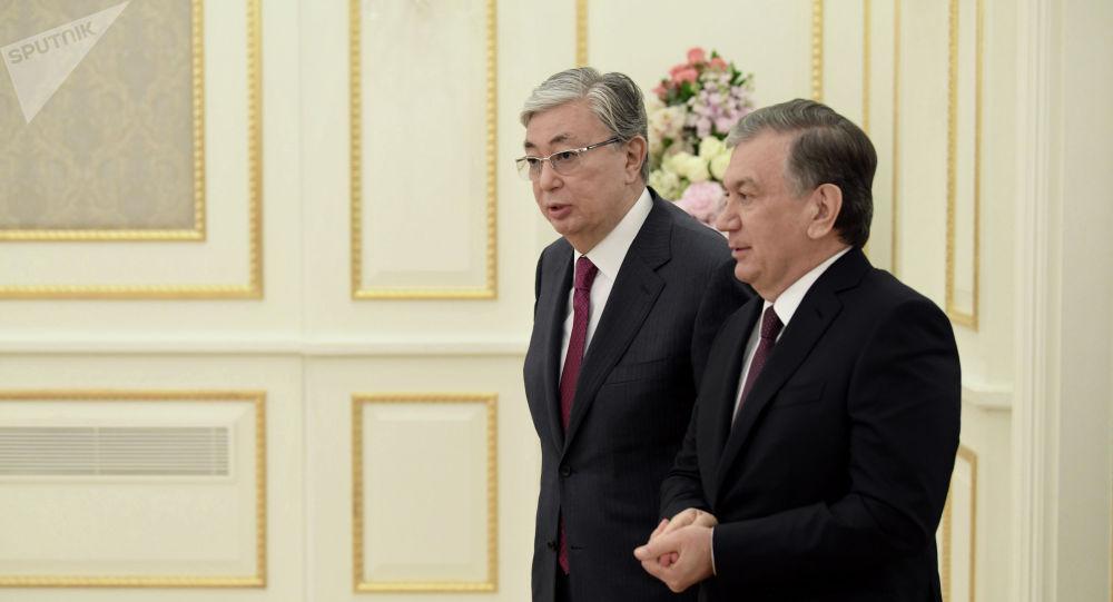 Президент Казахстана Касым-Жомарт Токаев и президент Узбекистана Шавкат Мирзиёев. Архивное фото