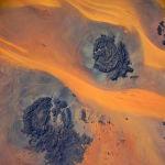Сахара чөлү. Сүрөттү Эл аралык космос станциясынан россиялык космонавт Иван Вагнер тарткан