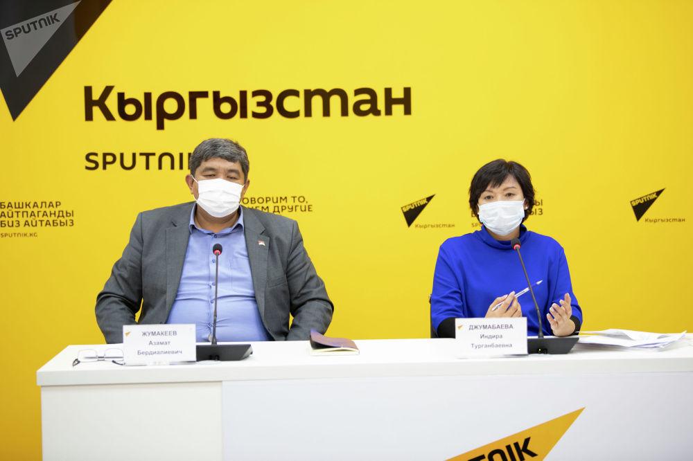 О ситуации с компенсациями медработникам, которые заразились коронавирусом во время исполнения профессиональных обязанностей или скончались от COVID, рассказали представители Министерства здравоохранения Кыргызстана