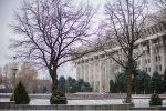 Здание белого дома (Жогорку Кенеша) в Бишкеке. Архивное фото