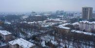 Здание типографии Эркин-Тоо на проспекте Эркиндик в Бишкеке. Архивное фото
