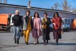 Сотрудницы муниципального предприятия Тазалык надели яркую и стильную одежду вместо специальной формы.